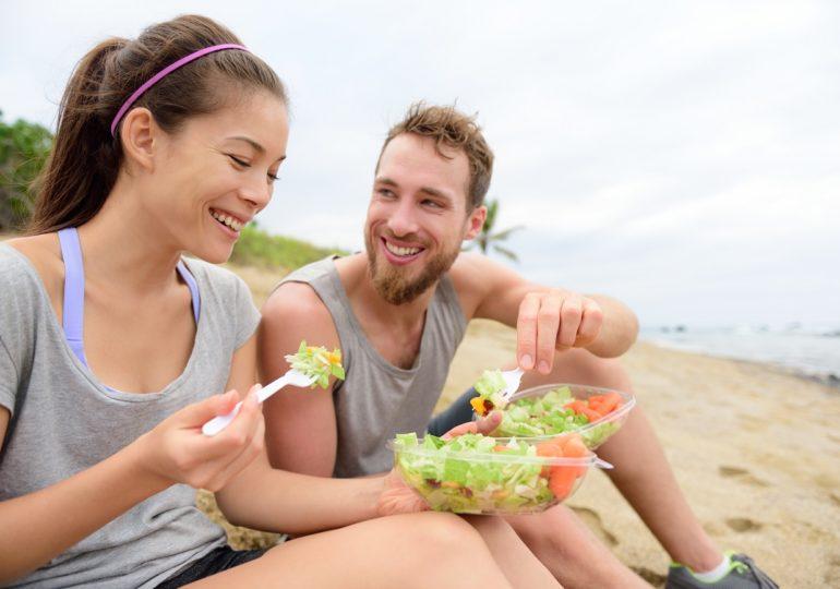 Domicilios.com regalará pedidos en playas del sur
